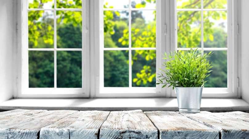 benefits of replacement vinyl windows