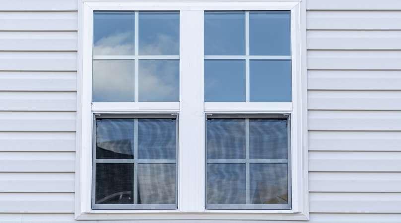 Casement Windows vs. Double-Hung Windows